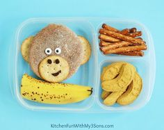 """<p>This funky monkey lunch is so simple & cute!</p> <p>Directions<a href=""""http://www.kitchenfunwithmy3sons.com/2015/07/monkey-bento-lunch.html""""> HERE</a></p>"""