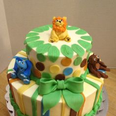 Zoo animal baby shower cake