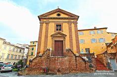 La Chiesa di Santo Stefano alla Lizza. Foto del Tesoro di Siena su http://www.flickr.com/photos/iltesorodisiena/12176214504/