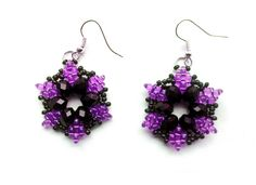 Free pattern for earrings Antonia with twin seed beads Click on link to get pattern - http://beadsmagic.com/?p=4998