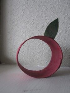 Recycled Apple Craft - Thats a toilet paper roll