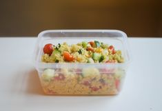 Food To Go, Love Food, Food And Drink, Lunch To Go, Lunch Box, Salad Recipes, Healthy Recipes, Vegan, Couscous