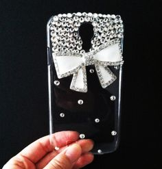 Bling Bow Samsung Galaxy S4 clear case, Bling Galaxy S4 case. Handmade beautiful white bow with bling rhinestones