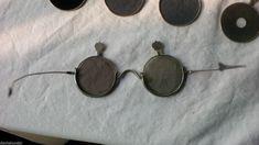 Bildresultat för William Crookes sunglasses