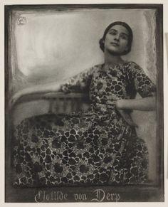 A bromoil print photograph of the dancer Clotilde von Derp (1892-1974) Taken by Rudolf Dührkoop and Minya Diez-Dührkoop, 1913. The Royal Photographic Society