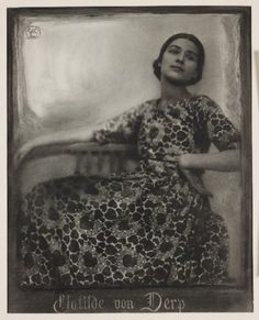 Clotilde von Derp, 1913.    A bromoil print photograph of the dancer Clotilde von Derp (1892-1974), taken by Rudolf Dührkoop and Minya Diez-Dührkoop in 1913.