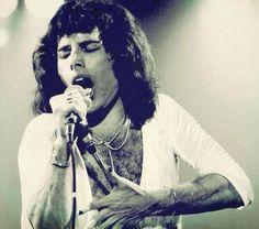 Freddie Mercury 1970s.