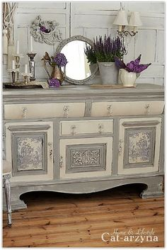 Chic Kitchen Ideas Awesome DIY Shabby Chic Furniture Makeover Ideas ⋆ Crafts and DIY Ideas Shabby Chic Furniture, Shabby Chic Bedrooms, Distressed Furniture, Shabby Chic Homes, Shabby Chic Decor, Painted Furniture, Vintage Furniture, Shabby Chic Buffet, French Furniture