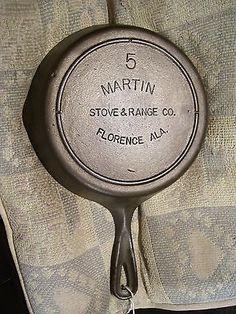 #5, Martin Stove & Range Co. Florence, Ala., Cast Iron Skillet, Smoke Ring