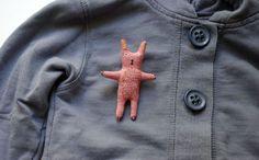 Bunny. Brooch. от adatine на Etsy, $24.00