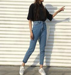 Kstyle uploaded by —shakira.✨ on We Heart It - Lara Hassana - Kstyle uploaded by —shakira.✨ on We Heart It Bild von —shakira.) deine eigenen Bilder und Videos auf We Heart It - Look Fashion, 90s Fashion, Fashion Outfits, Trendy Fashion, Korean Fashion Tomboy, Fashion Ideas, Fashion Basics, Hipster Fashion, Fashion Quotes