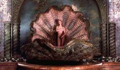 """Uma Thurman en una escena de """"Las aventuras del barón Munchausen"""",1988. Terry Gilliam."""
