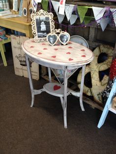 This love little table is painted in  Frenchic furniture paint, its the best redy mixed Chalk paint you can buy!