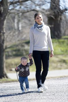 Princess Victoria and Princess Estelle of Sweden release new photos
