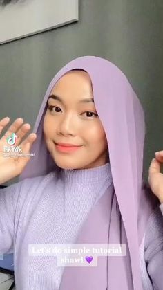 Modern Hijab Fashion, Street Hijab Fashion, Hijab Fashion Inspiration, Muslim Fashion, Hijab Turban Style, Mode Turban, Simple Hijab Tutorial, Hijab Style Tutorial, Heutiges Outfit