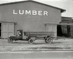Shorpy Historical Photo Archive :: Pierce Lumber: 1925