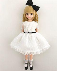 .  このドレス、  存在すら知らなかったのに、  リカちゃんに着せたらあまりにも可愛くて、  もう虜!  .  .  .  .  #liccadoll #licca #doll #リカちゃん#リカちゃんキャッスル #バレンタインリカちゃん
