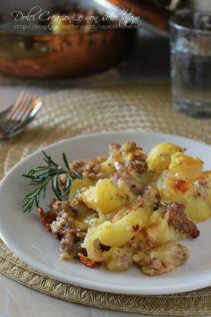 Pasticcio di patate e salsiccia ai formaggi