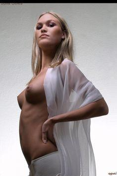 Nude pics of muslim women