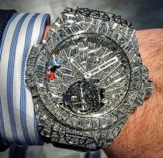 In some cases part of that image is the quantity of money you invested to use a watch with a name like Rolex on it; it is no secret how much watches like that can cost. Elegant Watches, Beautiful Watches, Gucci Snake, Hublot Watches, 14 Carat, Swiss Army Watches, Hand Watch, Expensive Watches, Luxury Watches For Men