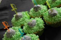 """recipes for kids Sword in the Stone Cupcakes Reading """"The Sword in the Stone""""? Try these cupcakes for a hands-on activity to accompany it. Sword Cake, Dragon Baby Shower, Medieval Party, Medieval Market, February Holidays, Knight Party, Themed Cupcakes, Castle Cupcakes, Sword In The Stone"""