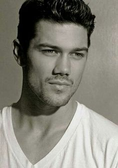 56de094e29732a Ryan Paevey or Detective Nathan West from General Hospital.