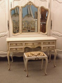 F556 - Beautiful Vintage French Dressing Table And Matching Stool In Original Paint