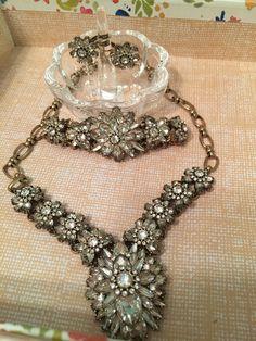 #chloeandisabel#bride#sparkle#ido