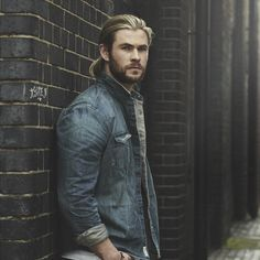 Chris Hemsworth by Matt Holyoak