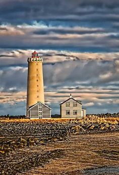 Photo of Grotta LighthouseThis place is in Seltjarnarnes, which is a small town only 10 minutes drive from downtown Reykjavík. Beacon Of Hope, Beacon Of Light, Beautiful Architecture, Beautiful Buildings, Lighthouse Lighting, Costa, Dawn And Dusk, Unusual Homes, Small Towns