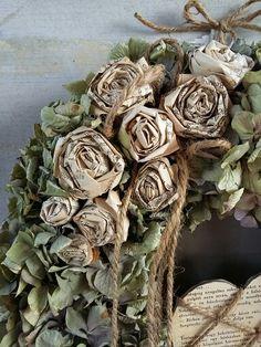 A másik kedvencem hortenzia könyv rózsákkal.