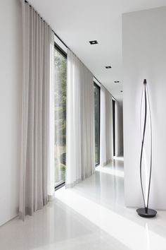 Take a Tour of the Woodland House The Shade Store - Decorative Curtains - Ideas of Decorative Curtains Drapery Styles, Curtain Styles, Curtain Designs, Curtain Ideas, Drapery Ideas, Floor To Ceiling Curtains, Modern Curtains, Hanging Curtains, Decorative Curtains