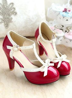 Sweet Princess Style High Heels. WHERE CAN I GET A PAIR?! Just to have, cause really ... where would I wear them to?