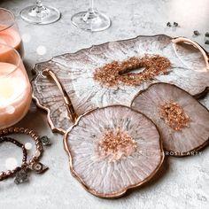 Resin Wall Art, Epoxy Resin Art, Diy Resin Art, Resin Artwork, Diy Resin Crafts, Diy Crafts To Sell, Diy Resin Coasters, Diy Resin Crystals, Rose Gold Kitchen