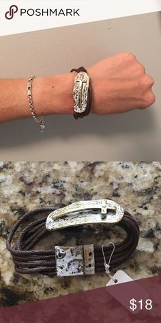 "NWT Bracelet Lovely rope and magnet bracelet with distressed white on gold and gold cross - 7"" long Boutique Jewelry Bracelets"