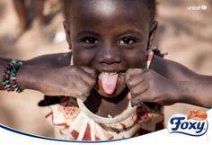 ¿Podrías vivir con 1 euro al día? La mitad de la población de Malí lo hace con menos que eso. Desde el 2013, Foxy colabora con UNICEF para que los niños de Malí sean en un futuro cercano el motor que saque a su país de la pobreza.