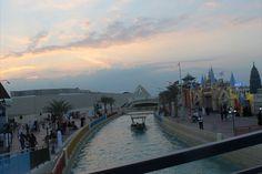Global Village Dubai, http://www.hautecompass.com/gipsy-trash/2013/01/have-you-visted-the-global-village-in-dubai/