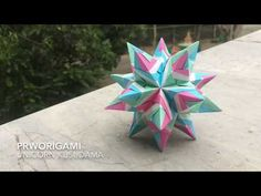Use 30 square sheets of origami paper. Difficulty : ⭐⭐⭐ Time : 2 hours Pastel colors to be a spiral horn of unicorn. Model paper size: Unit (pastel) : 7 cm x. Origami Ball, Origami Paper, True Wallet, Origami Modular, Paper Drawing, Paper Stars, Pastel Colors, Paper Size, Unicorn