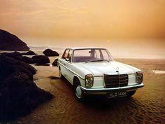 Mercedes-Benz E-Klasse >> I've always loved these old boxy Mercedes