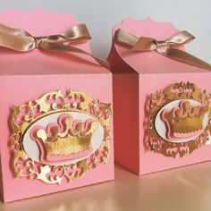This time I want to share with you some ideas for fashionable children's parties that can inspire you to decorate and organize birthday parties for Princess Theme Party, Baby Shower Princess, Princess Birthday, Party Bags, Party Favors, Daddys Little Princess, Royal Party, Royal Baby Showers, Party In A Box