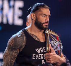Wwe Superstar Roman Reigns, Wwe Roman Reigns, Roman Empire Wwe, The Shield Wwe, Roman Reings, Kevin Owens, Italian Men, Becky Lynch, Professional Wrestling