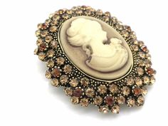 New Cameo Austrian Crystal Brooch Women Pin #Unbranded