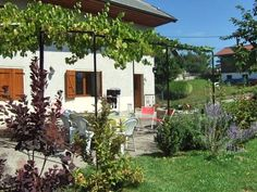 Chez Tonton Victor La Biolle Chez Tonton Victor is a semi-detached holiday home with a barbecue, located in La Biolle. The unit is 22 km from Annecy.  Aix-les-Bains is 8 km from Chez Tonton Victor, while La Clusaz is 42 km from the property.