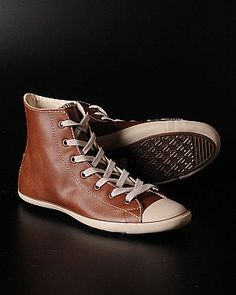 Converse Brown Leather... want those...