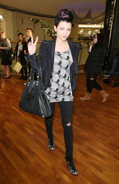 Ruby Rose Photos - Celebrities Attending 2010 Vogue Fashion's Night Out - Zimbio