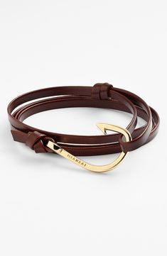 Chic leather bracelet for him.