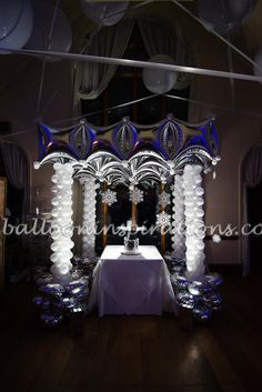 Winter Ball Balloon party decorations are ideal for Corporate Christmas parties, New Year parties and general winter wonderland themed parties. Balloon Decorations, Christmas Decorations, Wedding Balloons, Street Lamp, Art Party, Balloon Arch, Masquerade Ball, Party Themes, Party Ideas