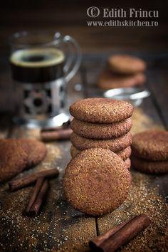 biscuiti-cu-migdale-si-scortisoara-1