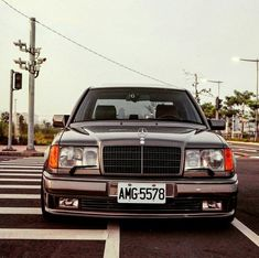 Mercedes 500, Mercedes Benz 190e, Mercedes Benz Logo, Mercedez Benz, Daimler Benz, Motor Works, Old School Cars, Classic Mercedes, My Ride