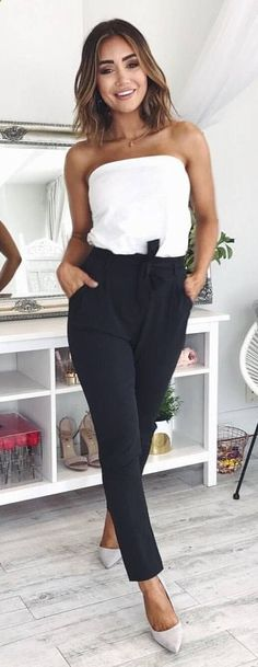 #summer #outfits Blanco De La Parte Superior Del Hombro + Pantalones Negros + Bombas Grises